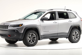 Jeep Cherokee Snags Top Safety Pick Award