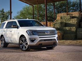 Ford Unveils Two New Expedition Models
