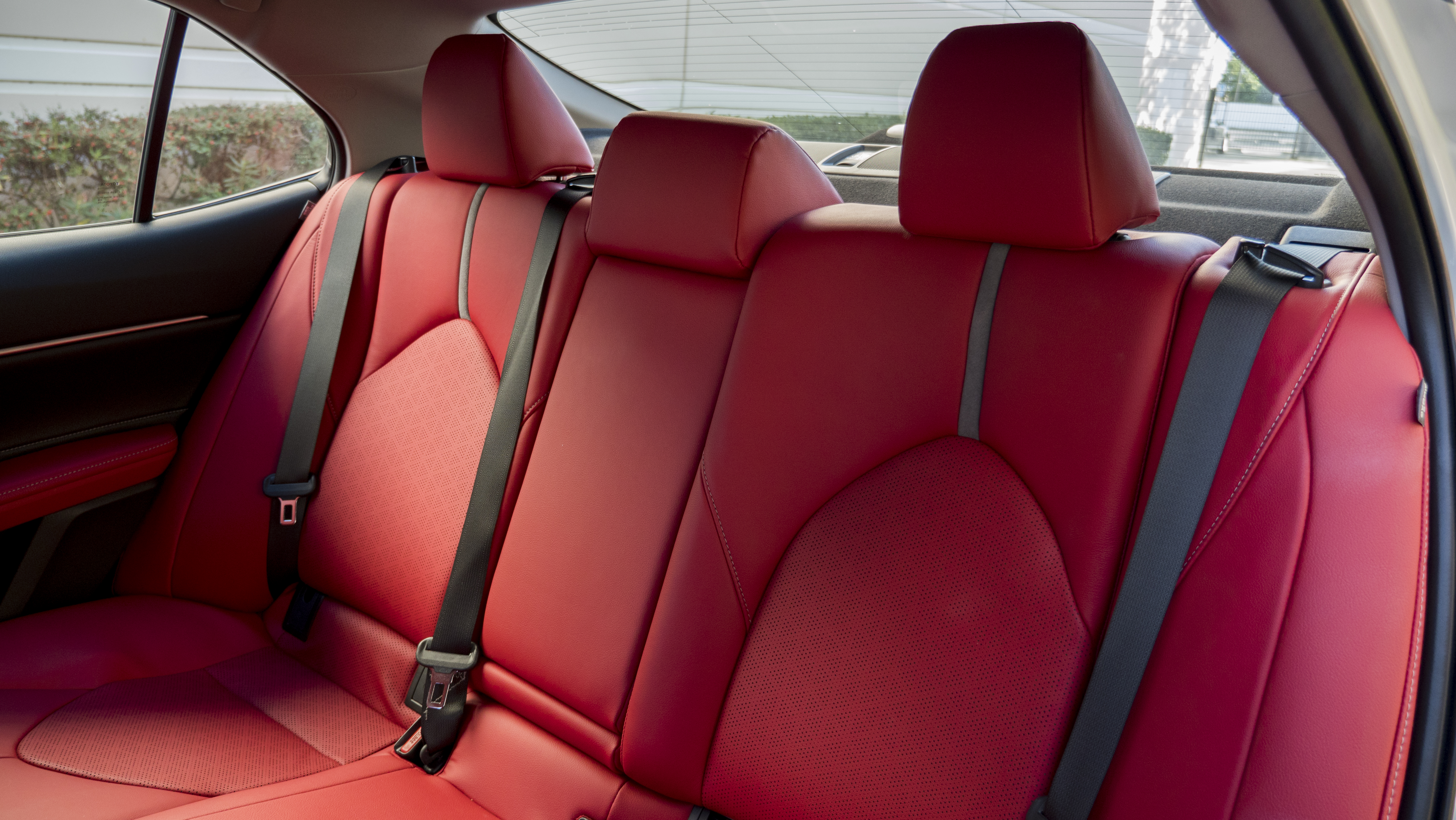 Connecticut May Require Rear Seat Belts