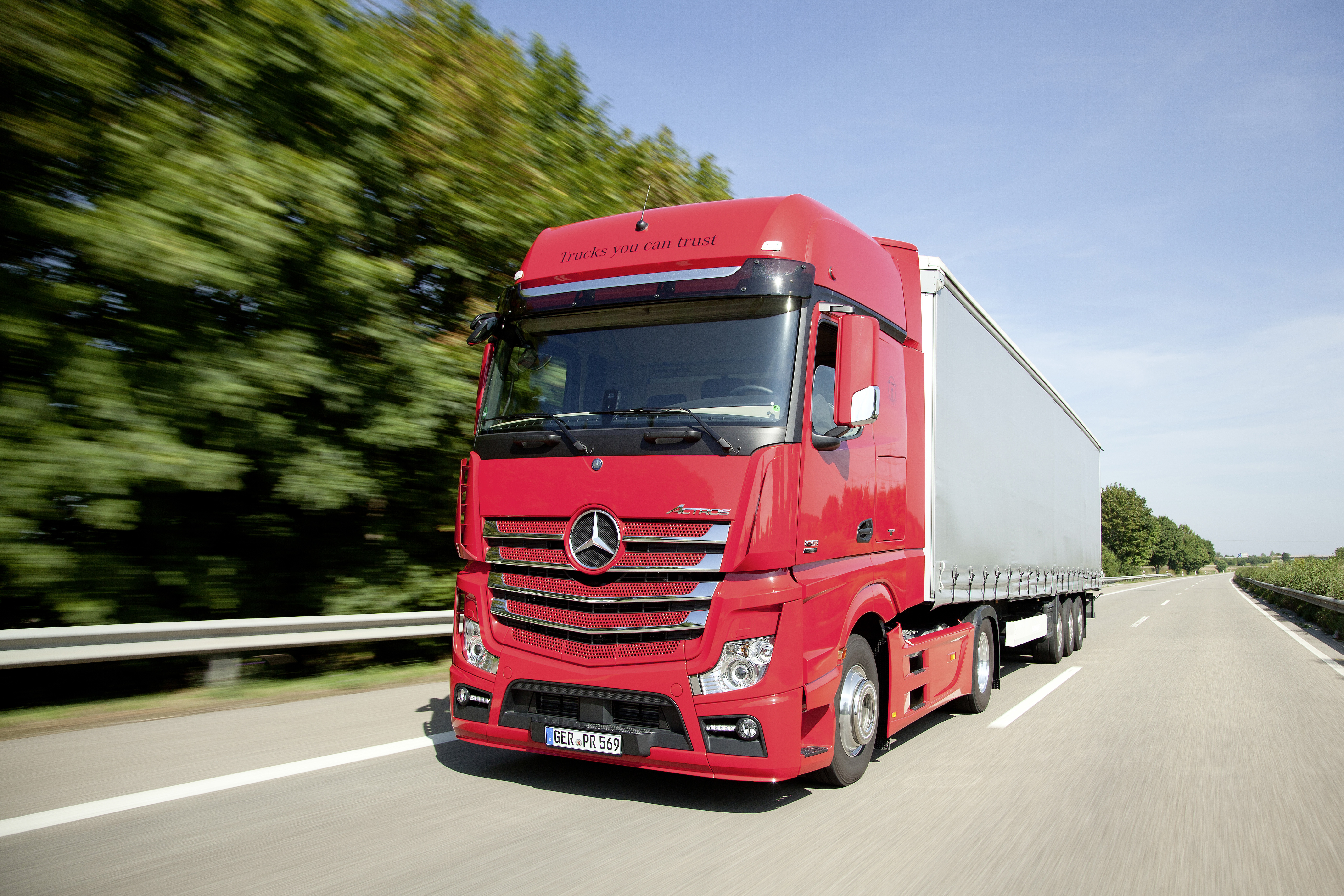 Mercedez-Benz OKs  Hydrotreated Vegetable Oil Biodiesel for Trucks