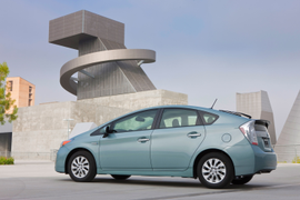 Faulty Fuse Triggers Toyota Prius Plug-in Recall
