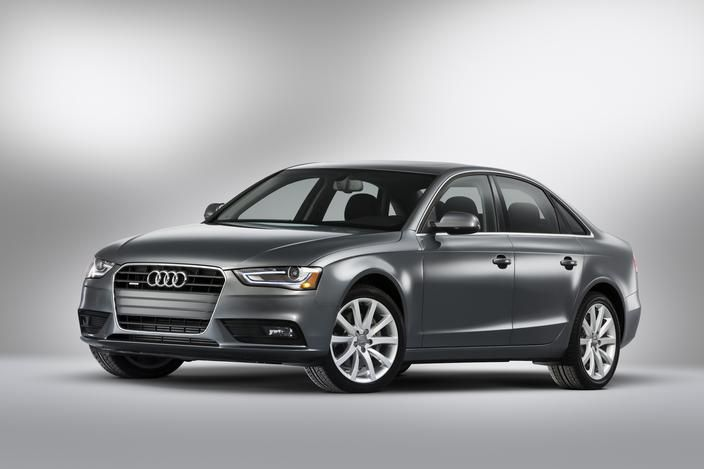 NHTSA Gives 2013 Audi A4 and S4 Sedans Five-Star Safety Ratings