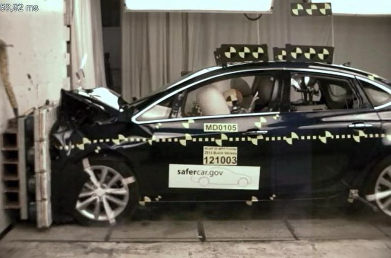NHTSA Gives 2013 Buick Verano a Five-Star Safety Rating