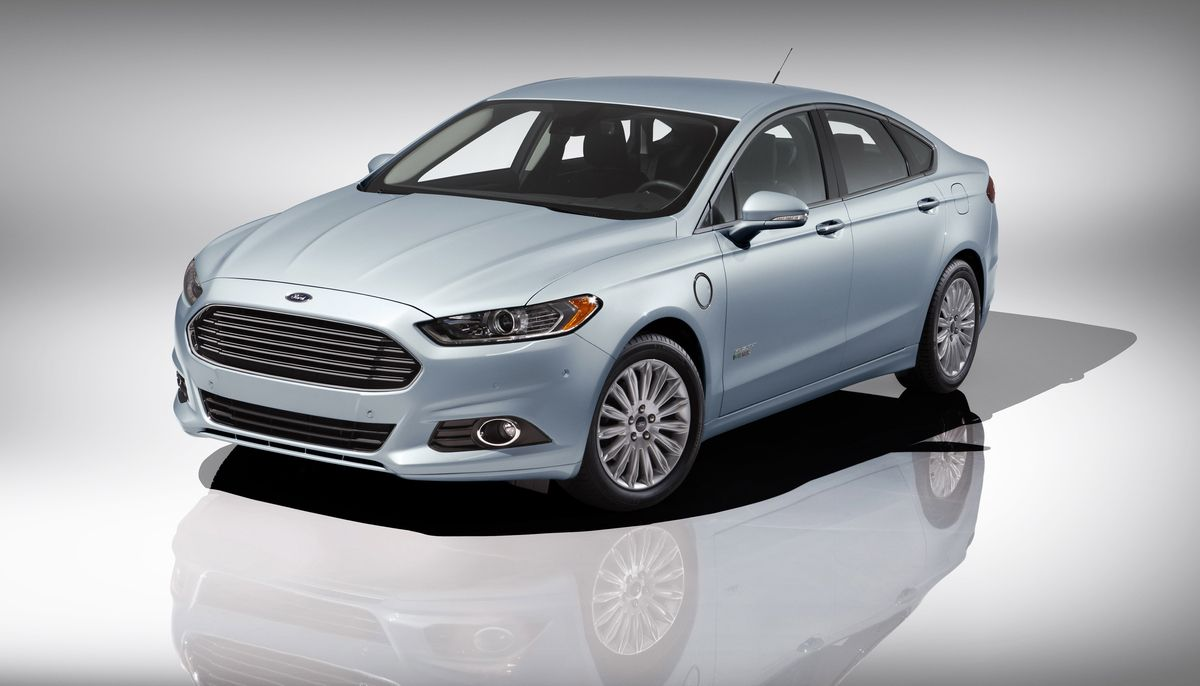 Ford Boosts Investment in Hybrid and EV Technologies