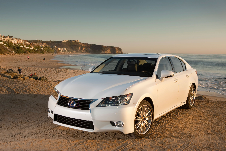 Lexus Boosts MPG by 35 Percent on All-New 2013 GS 450h Hybrid Luxury Sedan