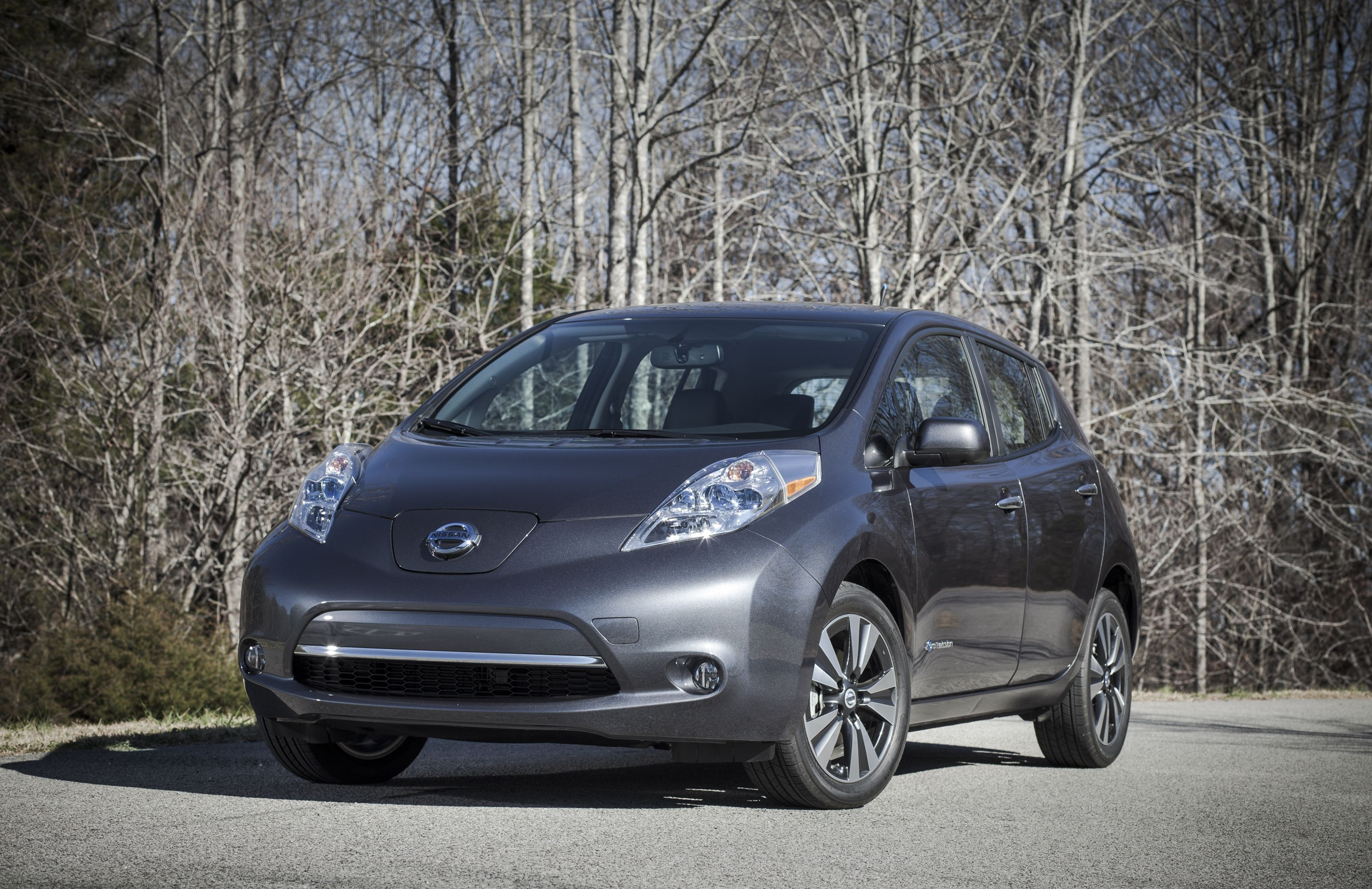 Nissan Details Updates to 2013 Leaf, Including New Entry Level