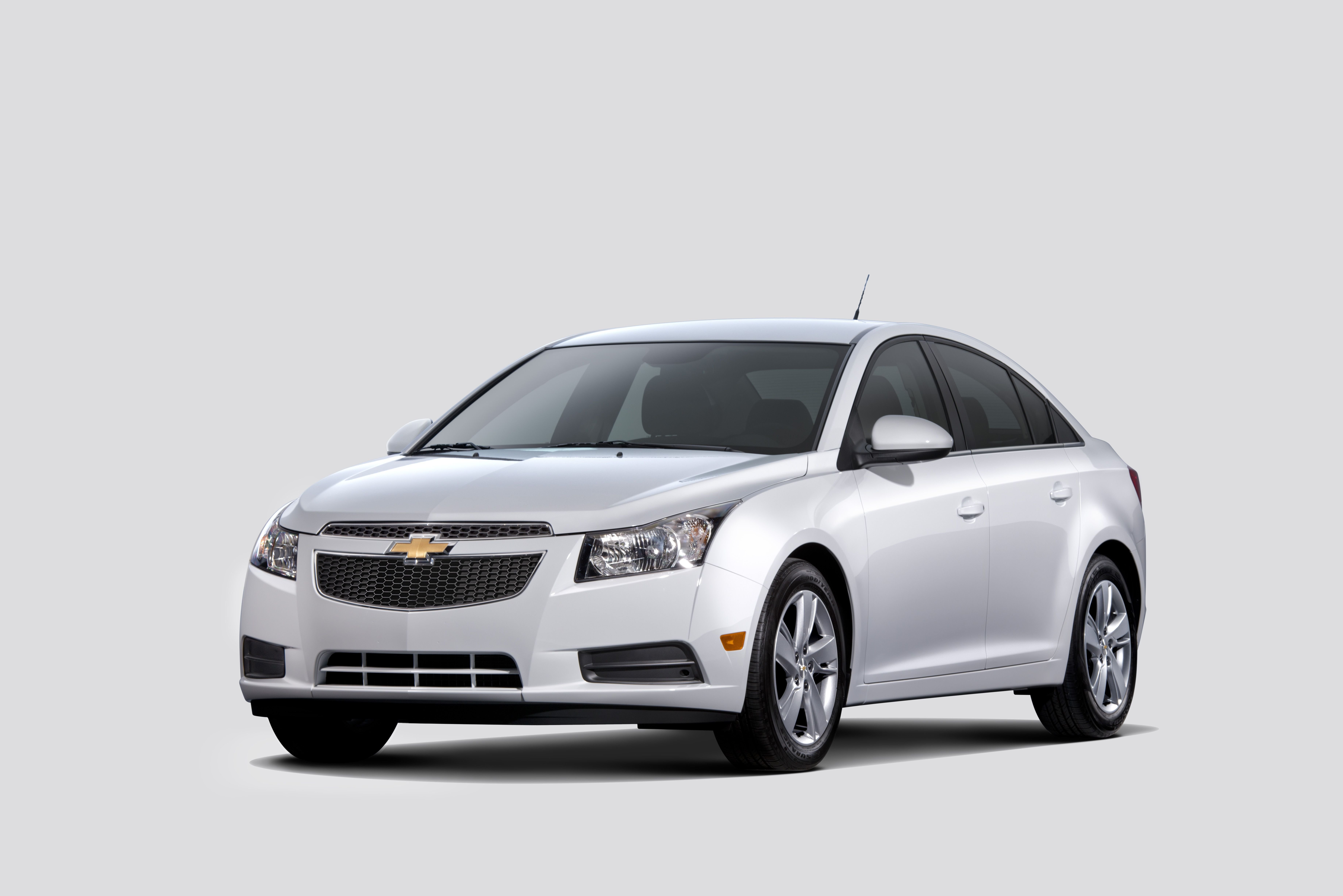 Chevrolet Debuts 2014 Cruze Clean Turbo Diesel at Chicago Auto Show