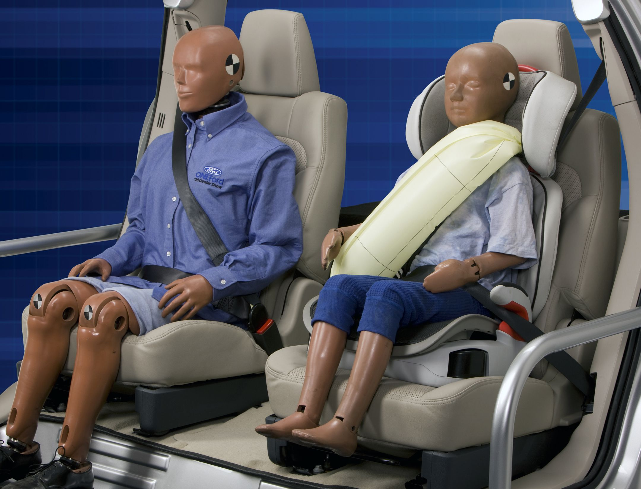 Ford Makes Rear Inflatable Safety Belt Available on 2014 Fusion Models