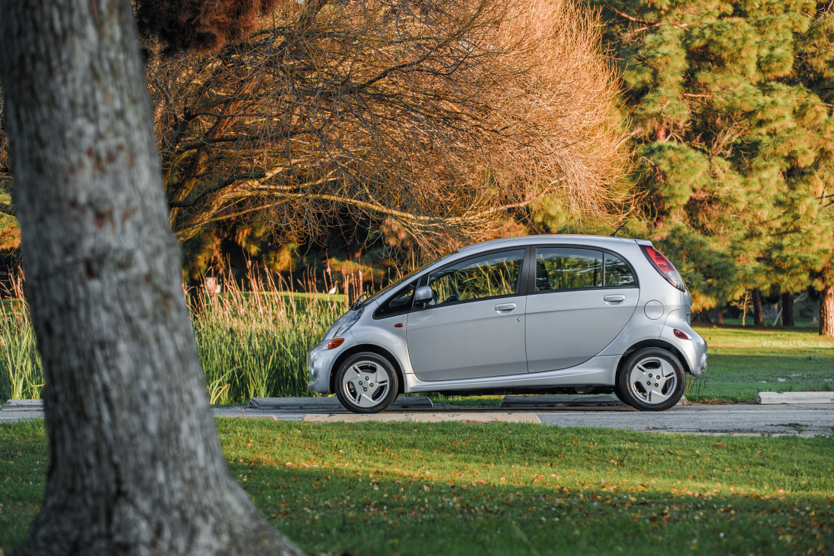 Mitsubishi Recalls i-MiEV for Brake Vacuum Pump
