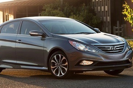 Hyundai Recalls Sonata Cars for Seat Belts