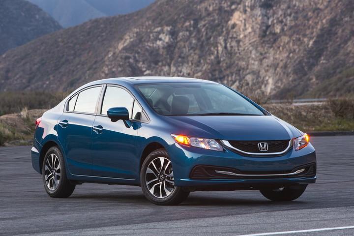Honda Recalls Civic, Fit for Transmission