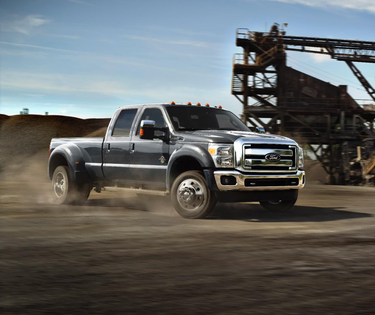 Ford Recalls 4,000 Super Duty Trucks for Transmission Glitch