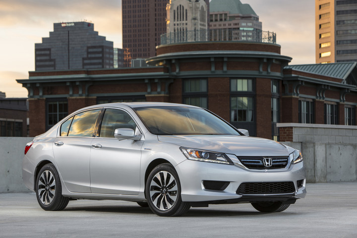 Honda Recalls Accord Hybrids for Stalling Risk