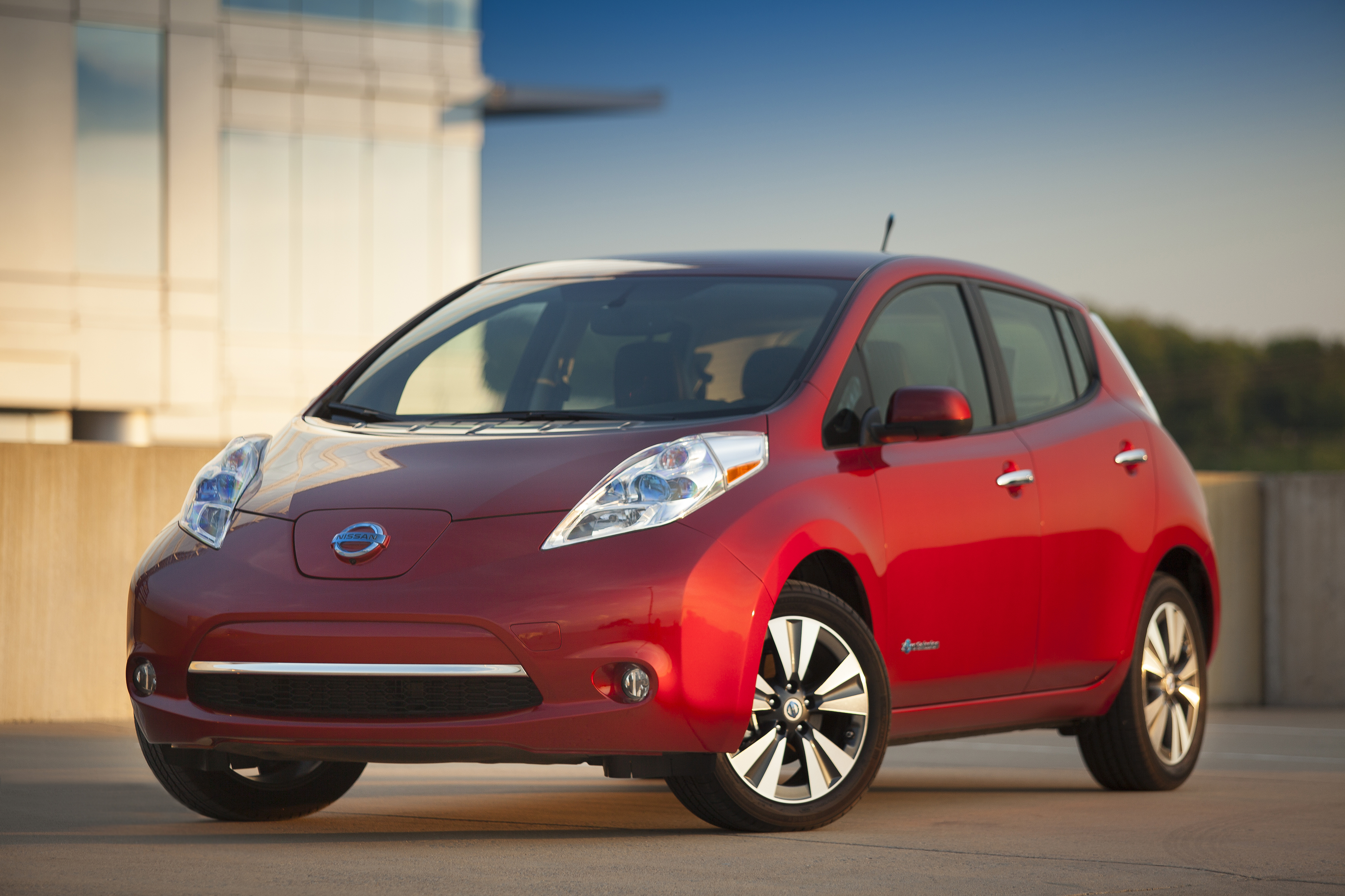 Nissan Creates Audio Alert for EVs in Europe