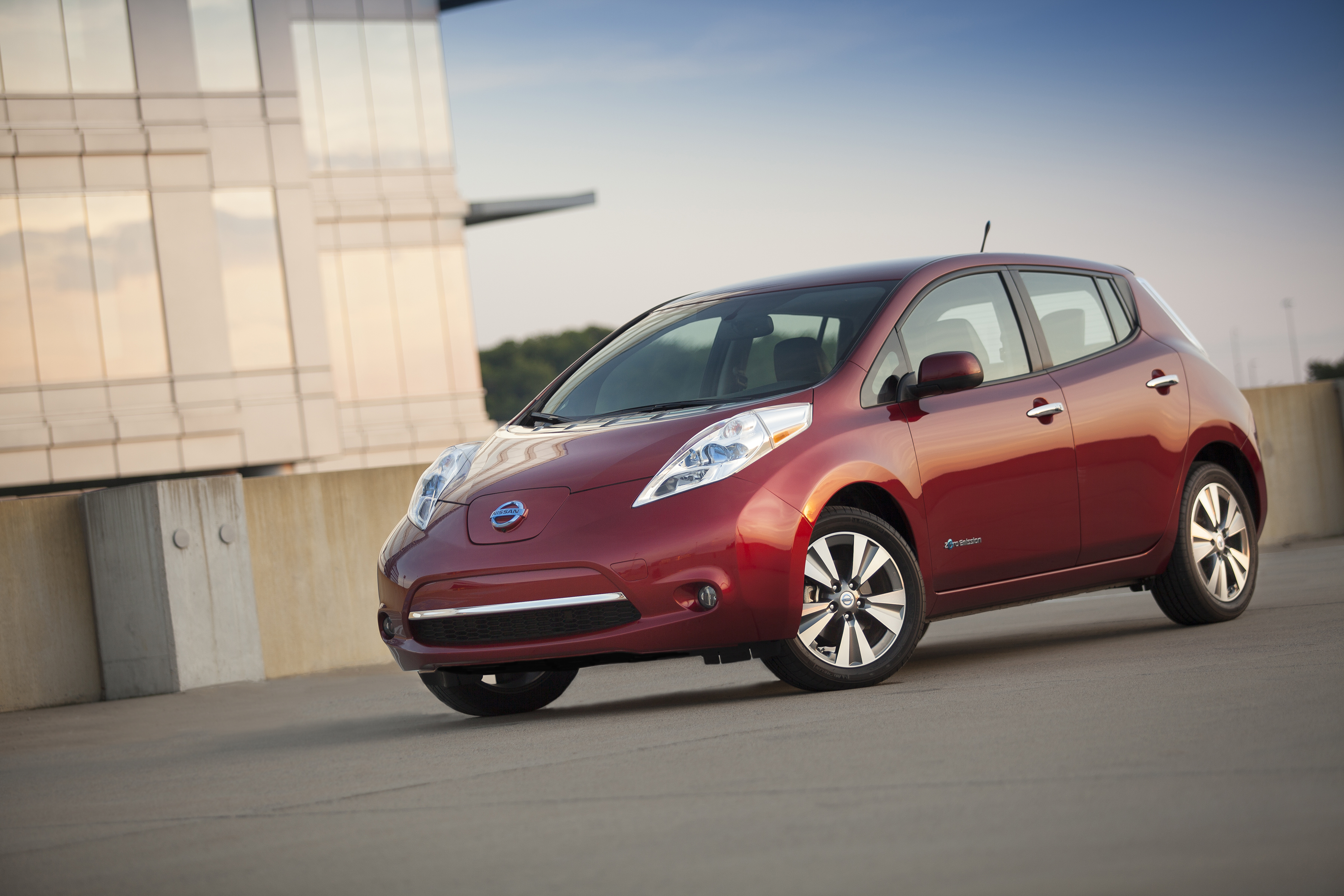 Nissan LEAF Reaches 1B Kilometers Driven