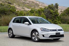 Volkswagen Recalls eGolf for Stalling