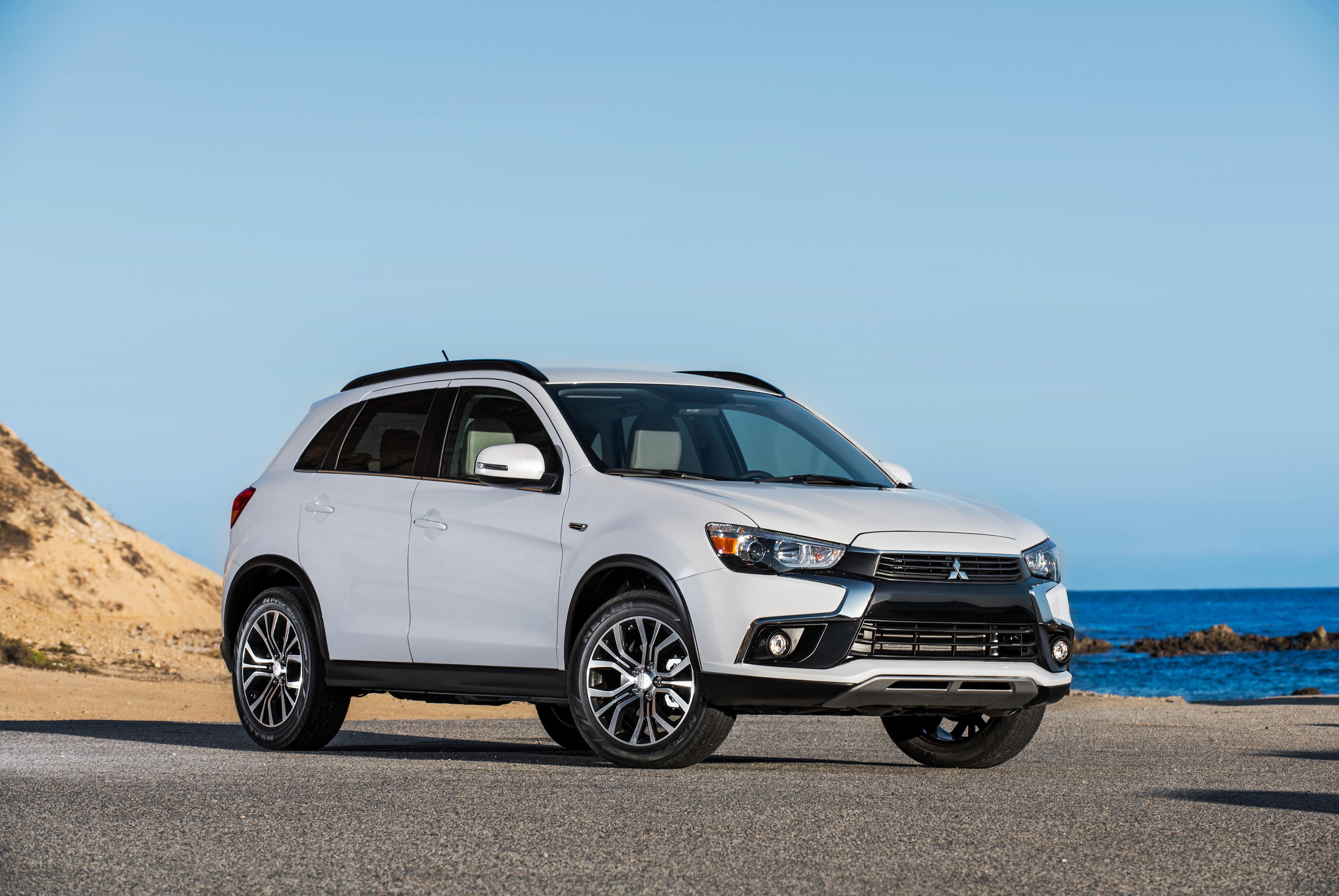 Mitsubishi Recalls Outlander Models for Door Latches