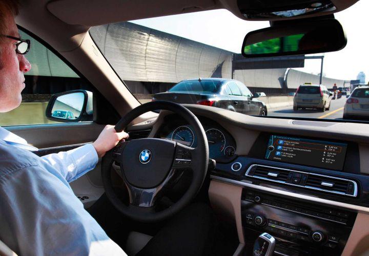 BMW Developing In-Car Advertising