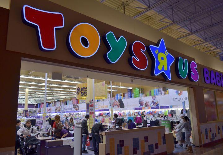 Toys 'R' Us Logistics Director Arrested for Fleet Card Fraud