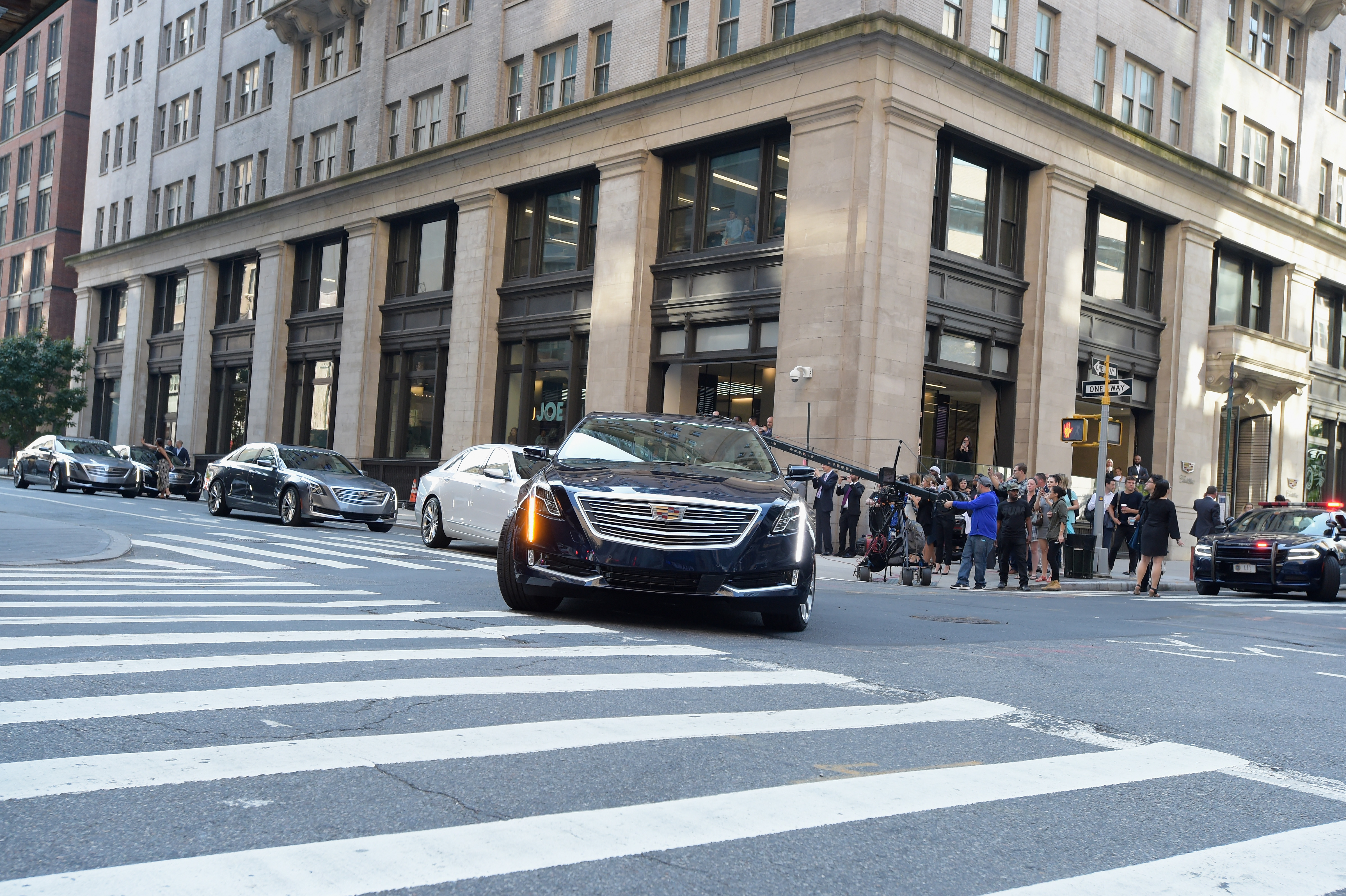 Cadillac Claims First Hands-Off Coast-to-Coast Drive