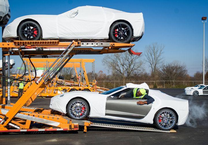 GM Ships 2015 Corvette Z06 Cars