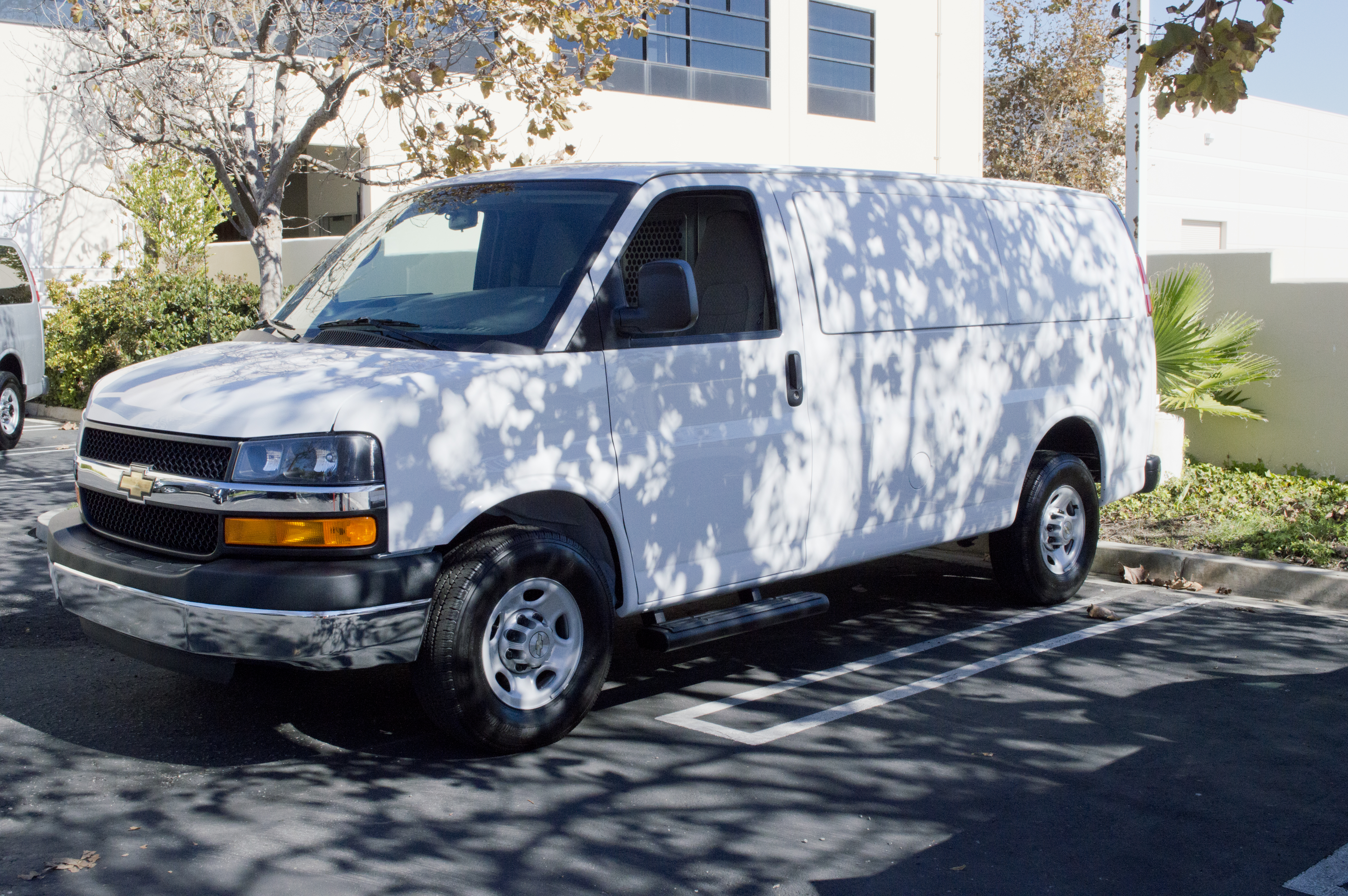 GM Details 2015 Express/Savana Vans