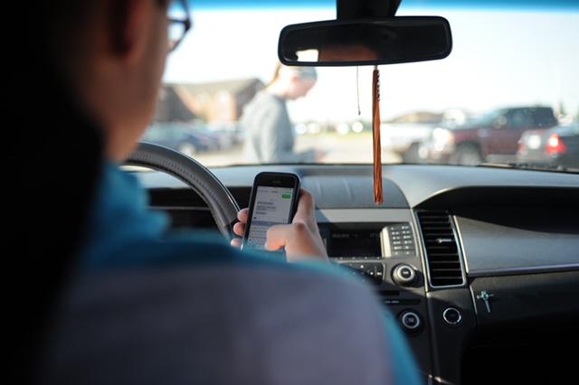 South Carolina Distracted Driving Bill Moving Forward