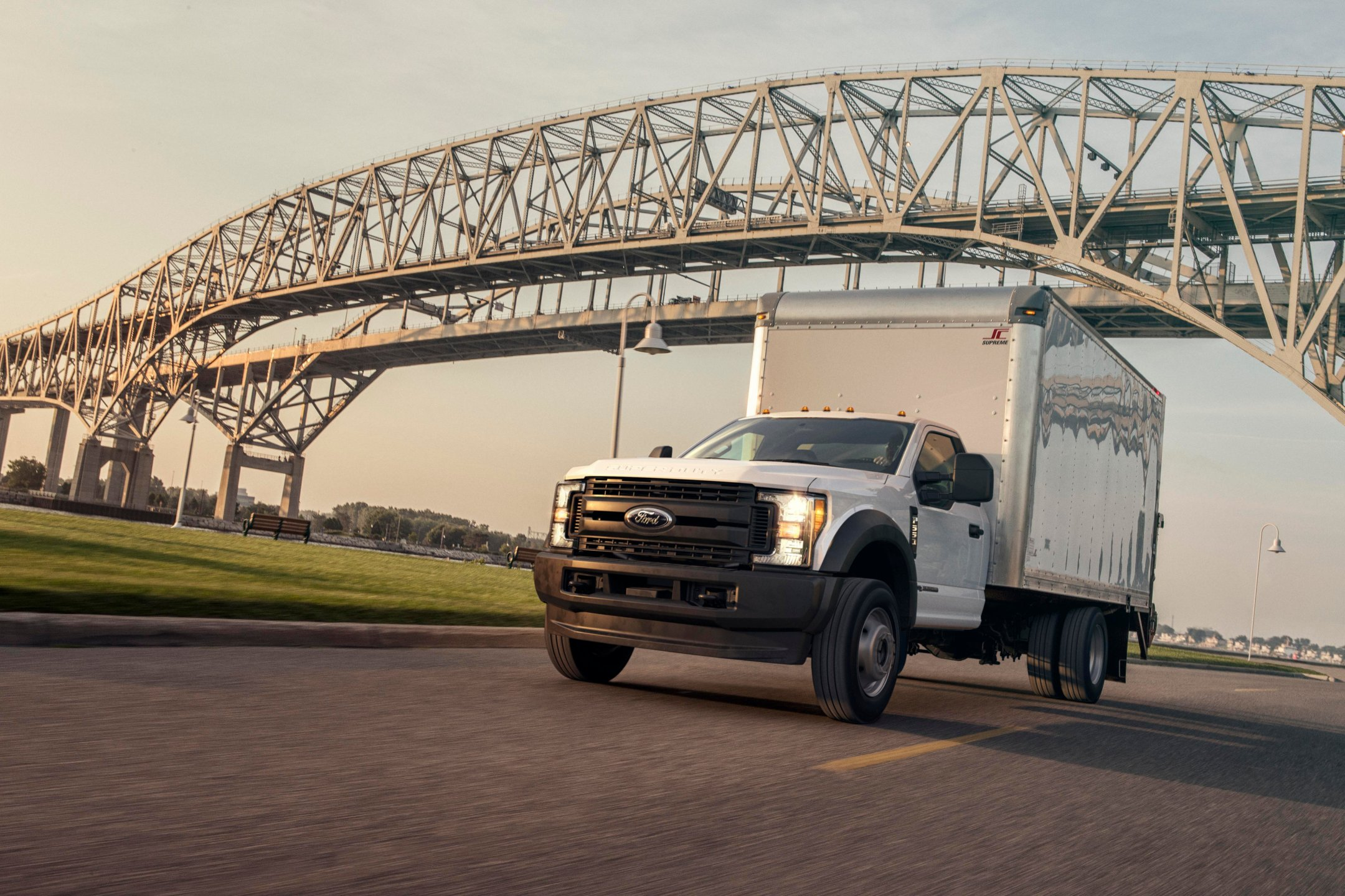 EPA Certifies Landi Renzo's CNG Medium-Duty Ford Trucks