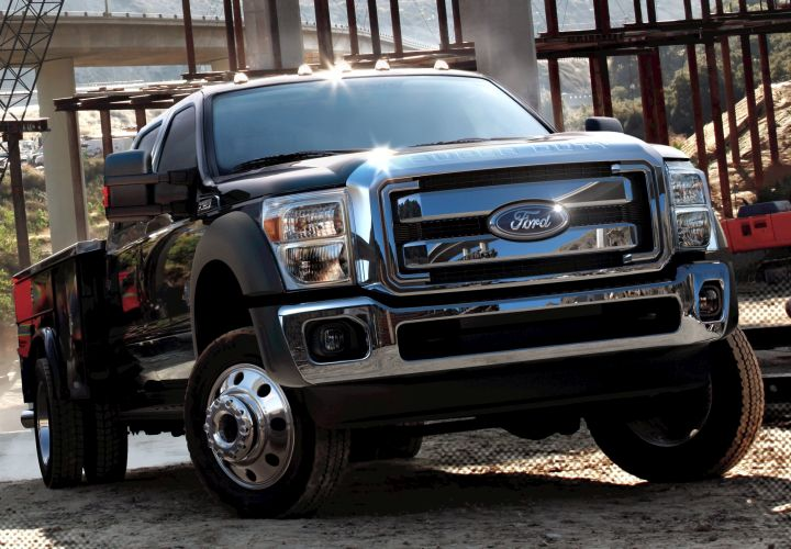 Ford Dominates New Commercial Vehicle Registrations