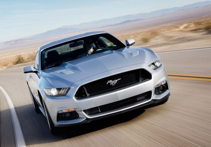 2015 Ford Mustang Order Bank Opens
