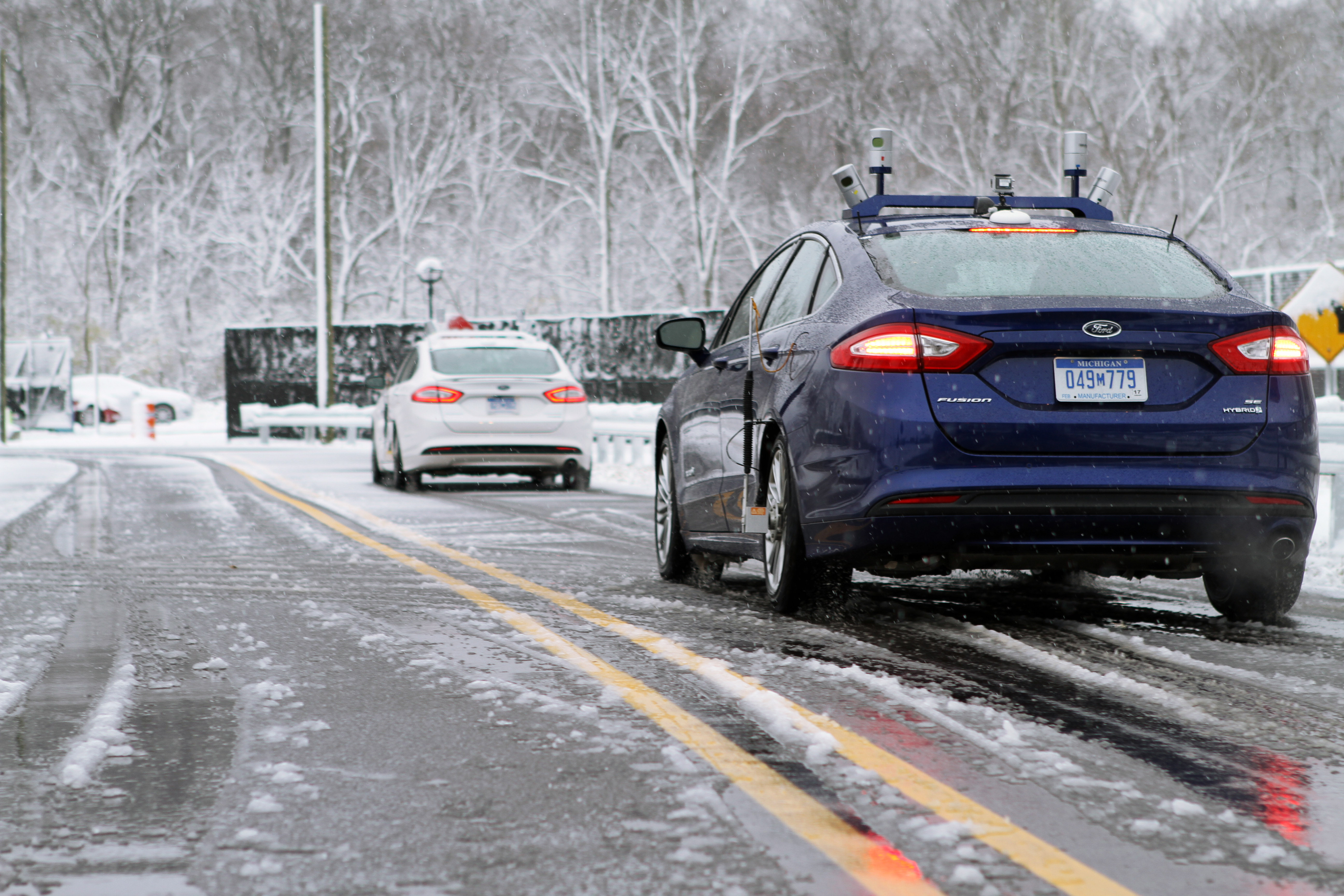 Ford Testing Self-Driving Cars in Snow