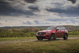 Mercedes-Benz Recalls GLC Series for Sun Roofs