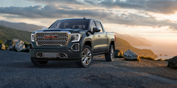 Photo of 2019 GMC Sierra courtesy of GM.