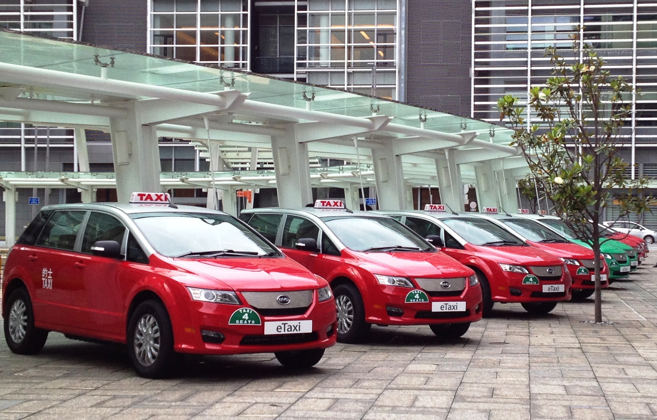 Hong Kong's Pure-Electric Taxis Go into Service