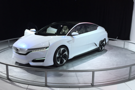 Honda to Introduce EV, Plug-In Hybrid by 2018