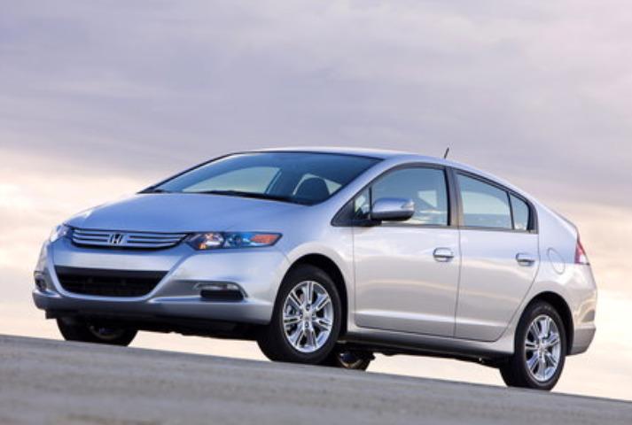 2010 Honda Insight EX Earns IIHS Top Safety Pick Award