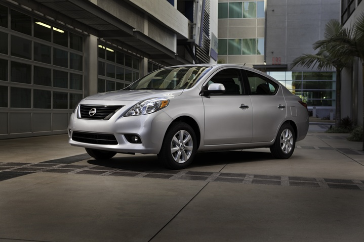 Nissan Unveils 2012 Versa Sedan at NY Auto Show