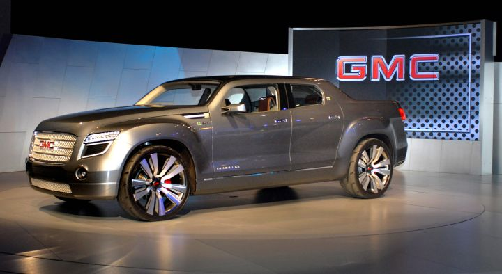 GMC Hybrid Truck Concept Debuts at Chicago Auto Show