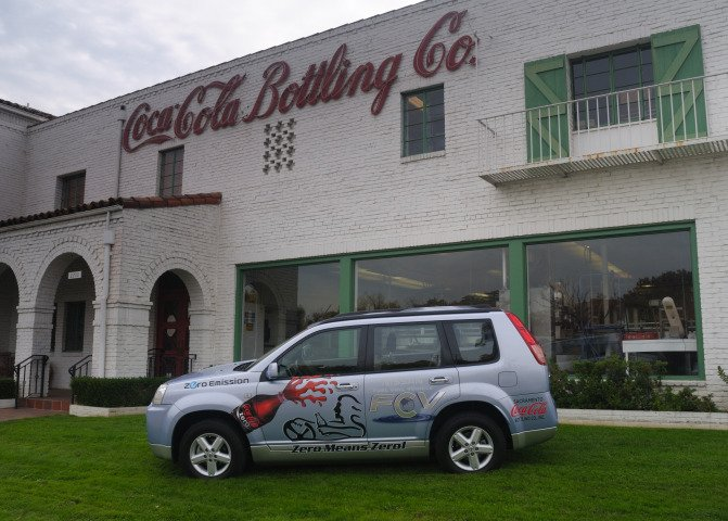 Sacramento Coca-Cola Bottling First to Lease Nissan Fuel Cell Vehicle