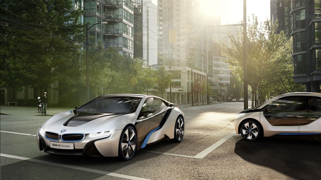 The i8 (left) and i3 (right) concepts from BMW.