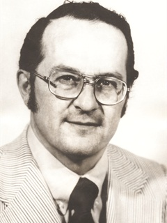 Gepp retired from Buick in 1986, after more than 35 years with General Motors.