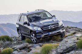 Mercedes-Benz Announces 2016-MY Fleet Incentives