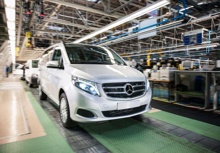 Mercedes-Benz Midsize Van to Debut at Work Truck Show