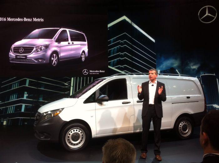 Mercedes-Benz Rolls Out Mid-Sized Metris Van