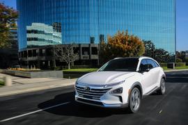 Hyundai's New Fuel-Cell SUV Has 307 Miles of Range