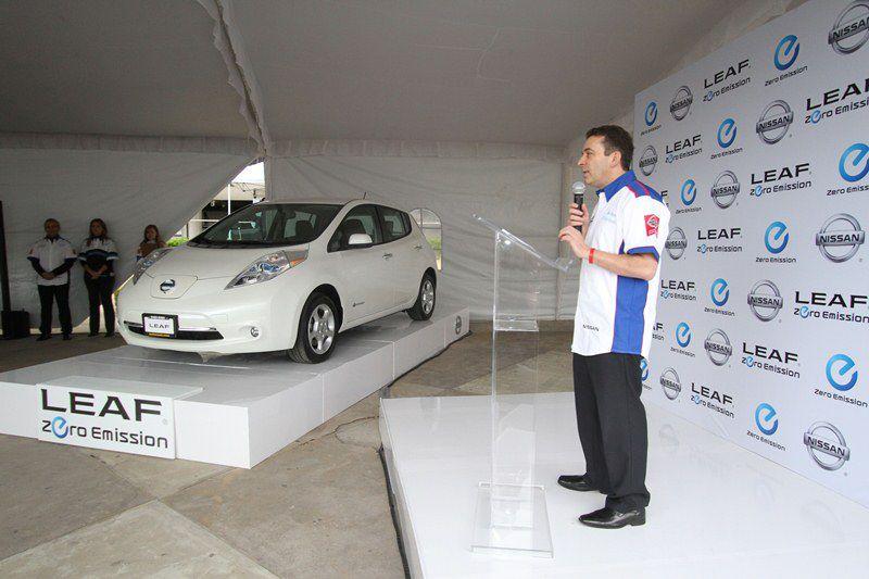 Nissan Begins Selling LEAF in Mexico