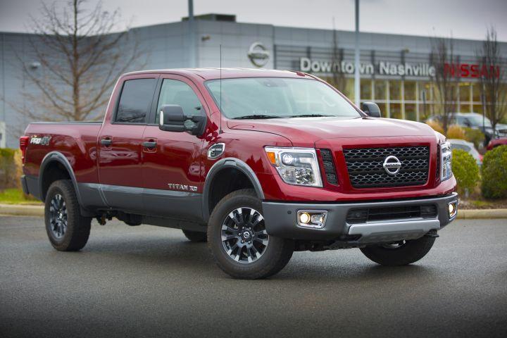 Nissan Expands Dealer-Based Ordering
