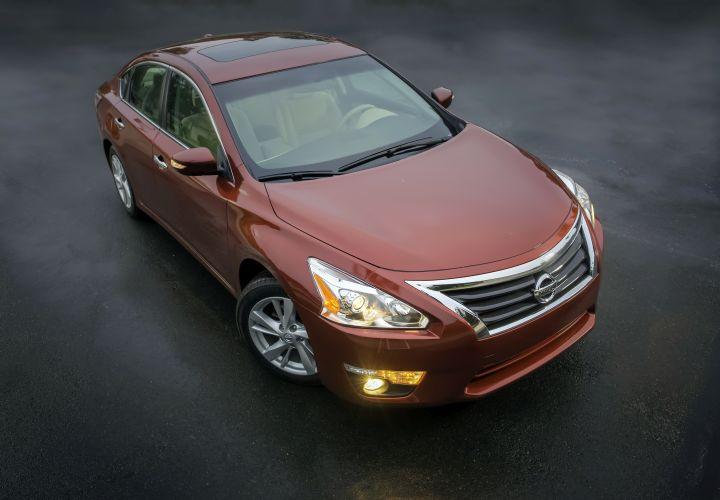 Nissan Announces 2015-MY Fleet Incentives