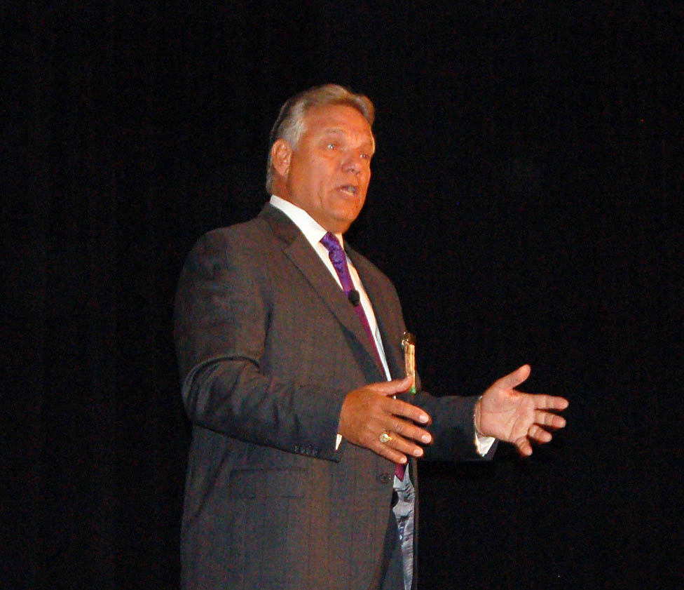 Distracted Driving Kicks Off Fleet Safety Conference