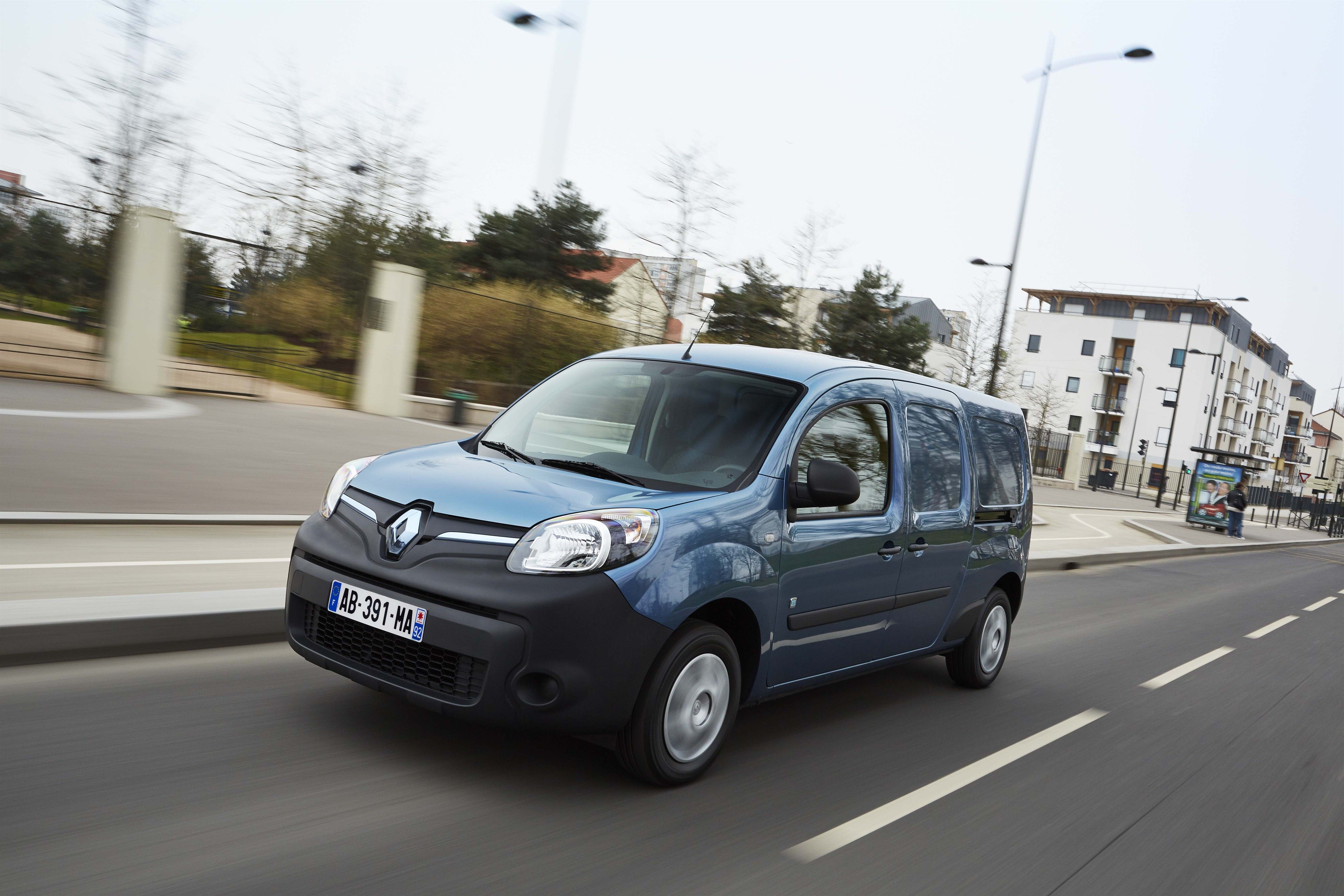 Brazilian Delivery Fleet Testing Renault's Electric Vehicles